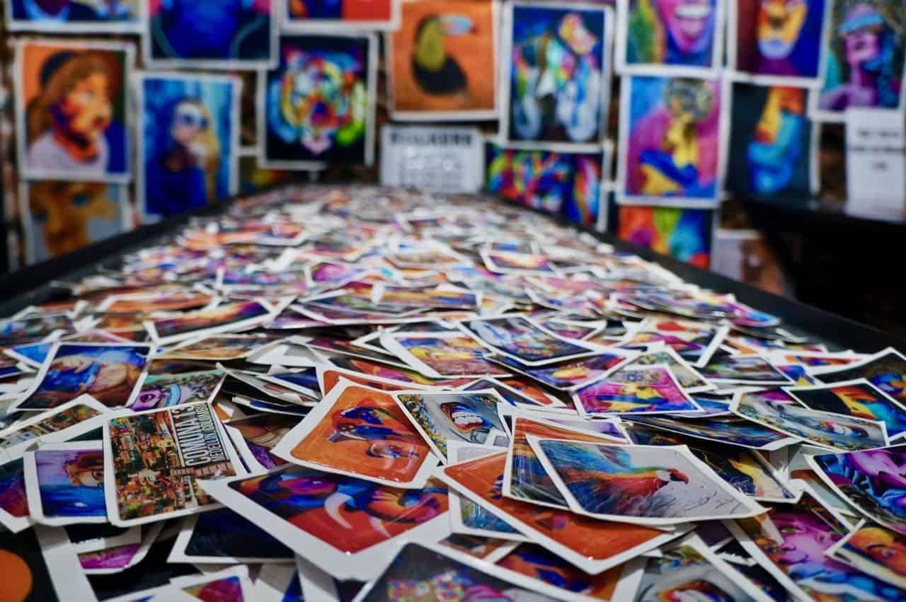 art in comuna 13 in medellin colombia